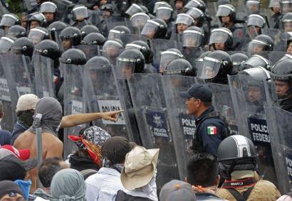 Son iki ayda gerçekleşen yüzlerce eylemin büyük bir kısmı polis saldırısıyla sonuçlandı
