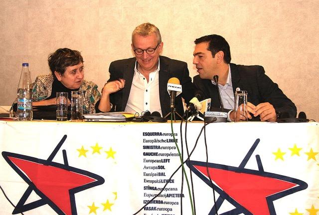 """Avrupa Sol Partisi'nin Yunanistanlı üyesi SYRIZA'nın lideri Aleksis Çipras """"Avrupa Birliği'nin NATO'laşmasına karşı çıkacağız"""" diyor."""