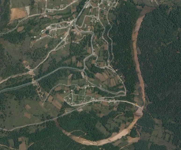 Uydu görüntülerinden net bir şekilde görülen orman katliamı, İstanbul'un kuzey ormanlarındaki orman katliamını andırıyor